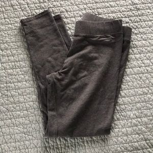 Aerie chill play cropped leggings